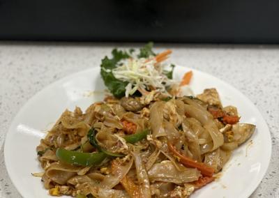 Chicken Pad Kee Mao - MariKami Thai & Sushi